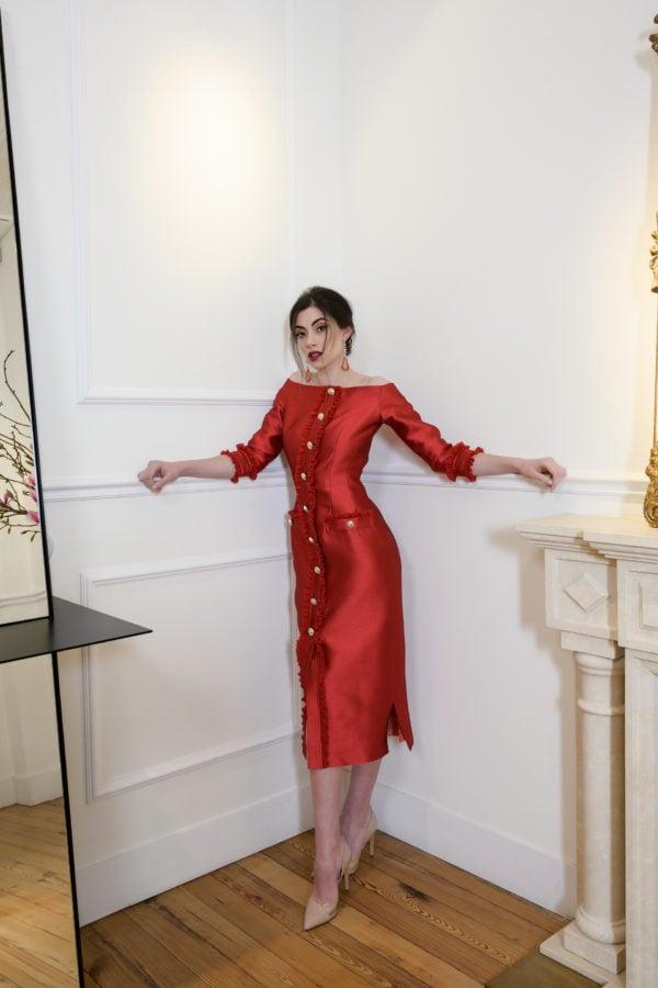 Vestido hecho a medida en atelier de A Coruña. Vestido tipo chanel, entallado, midi, con manga francesa y escote barco